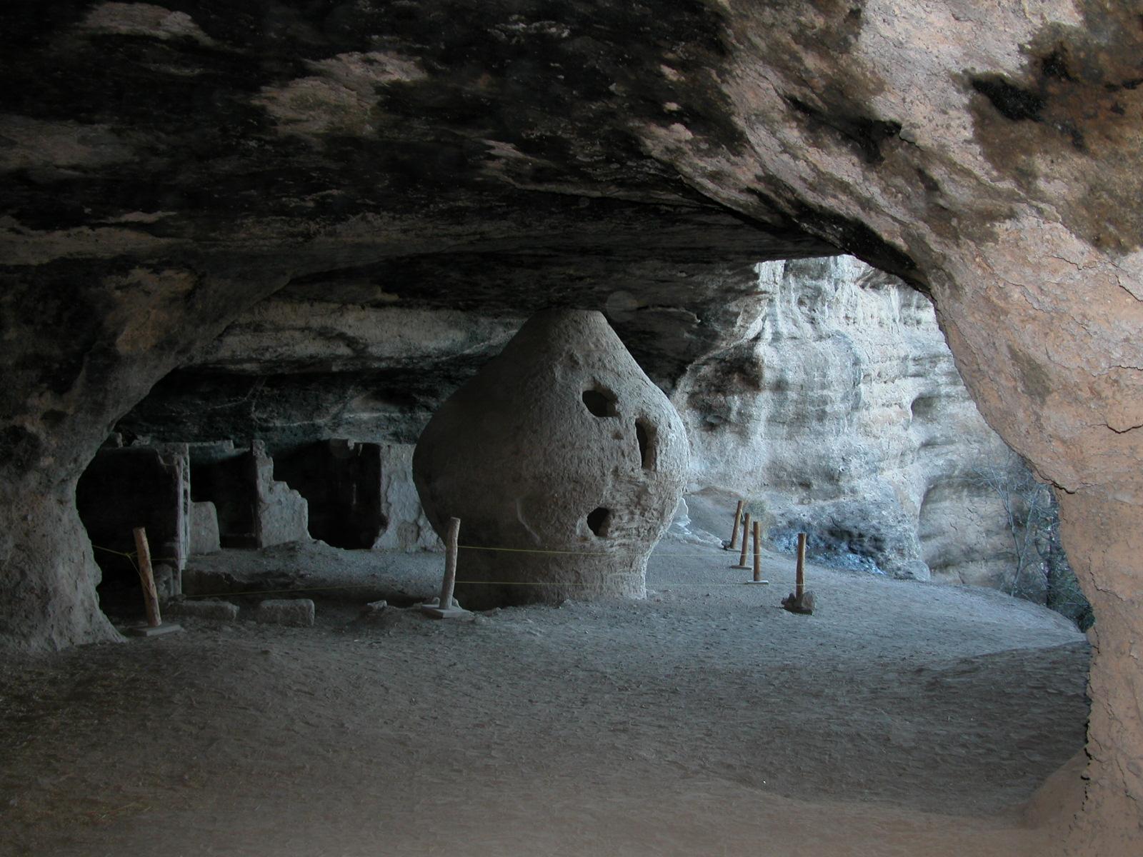 Turismo rural en casas cueva con baños árabes en Guadix
