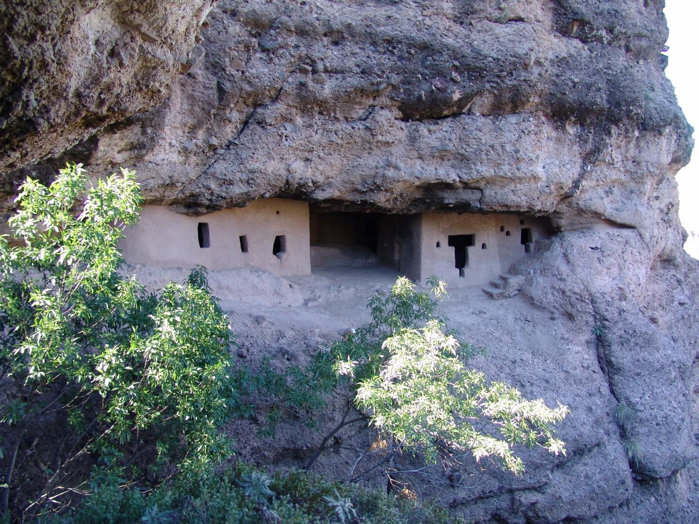 Valle de las Cuevas está declarado como zona arqueológica.